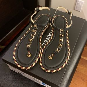 New Auth CHANEL Thong Sandal